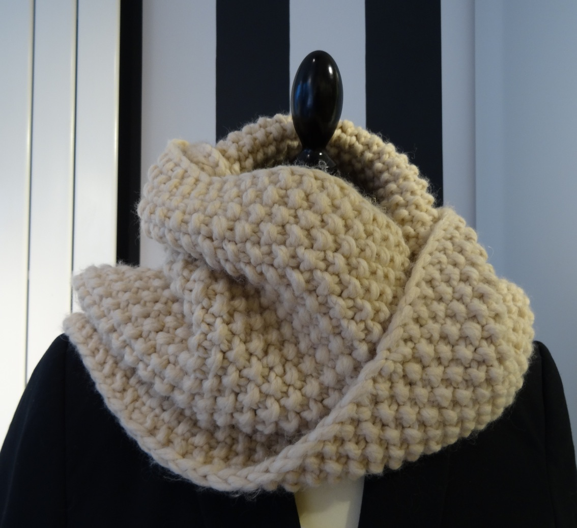 tricoter un snood avec des aiguilles n°8