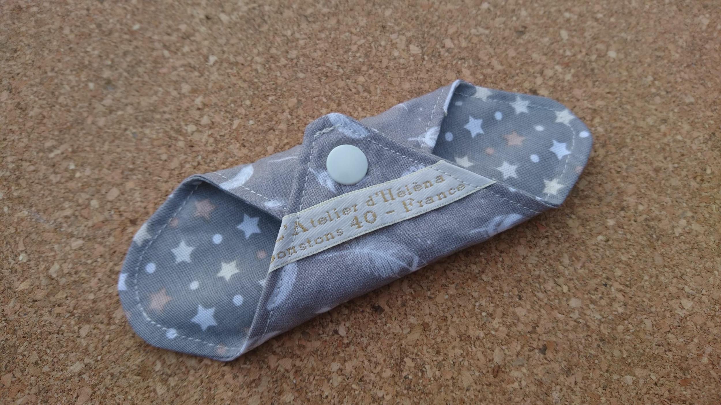 Mini protège-slip coton lavable et réutilisable - plumes gris/taupe