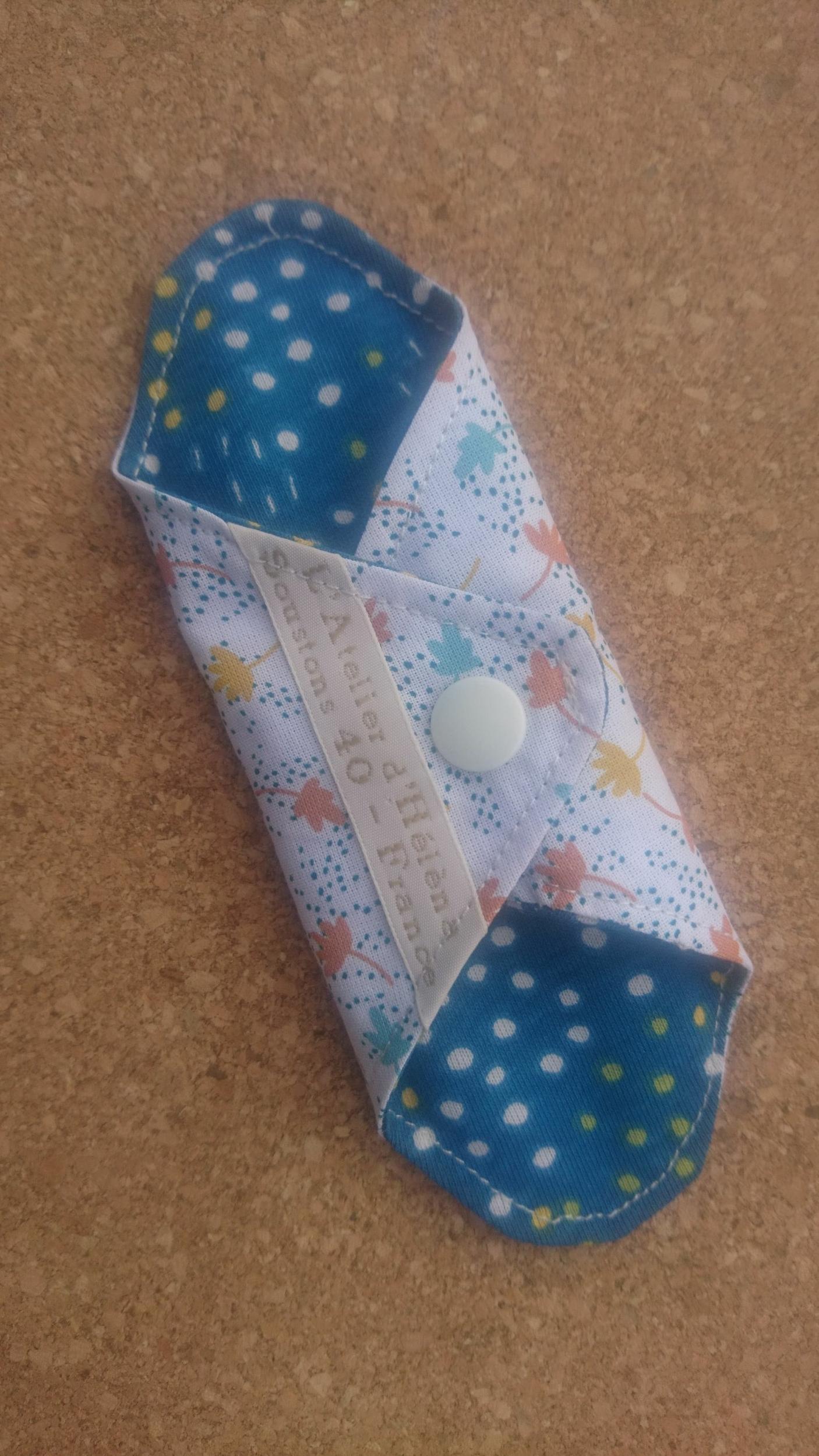 Mini protège-slip coton lavable et réutilisable - feuilles multicolores