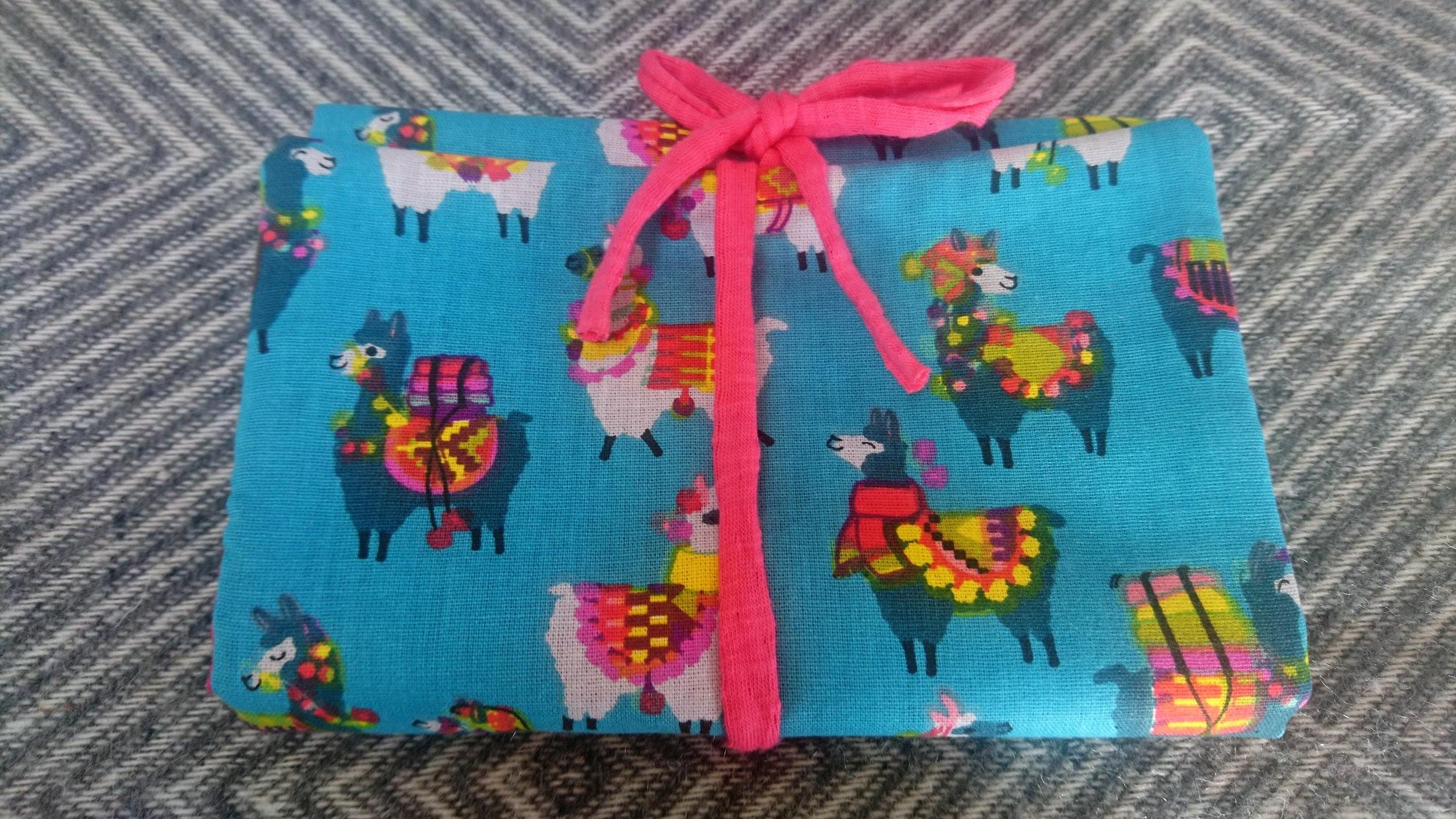 Trousse à barrettes ou pince cheveux en tissu molletonné - lamas bleu turquoise