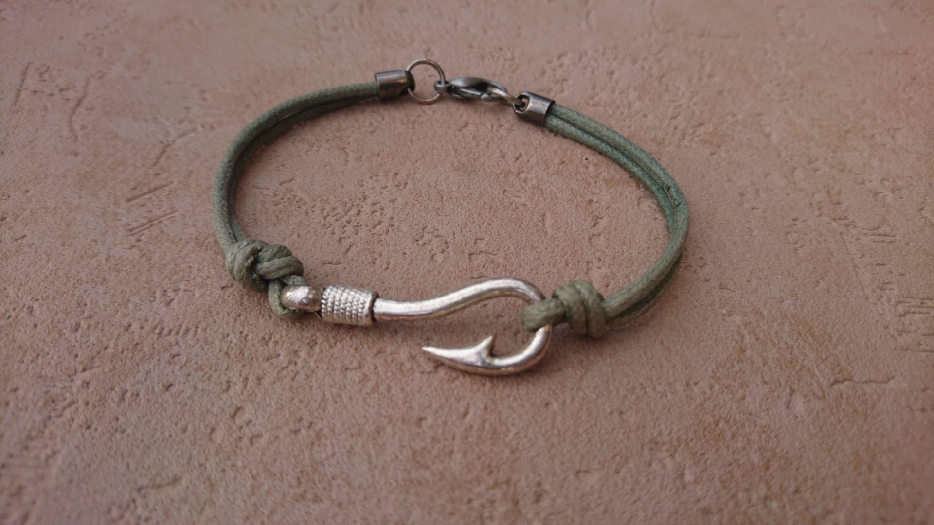 Bracelet Hameçon - vert amande