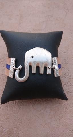 Bracelet éléphant en fourchette recyclée