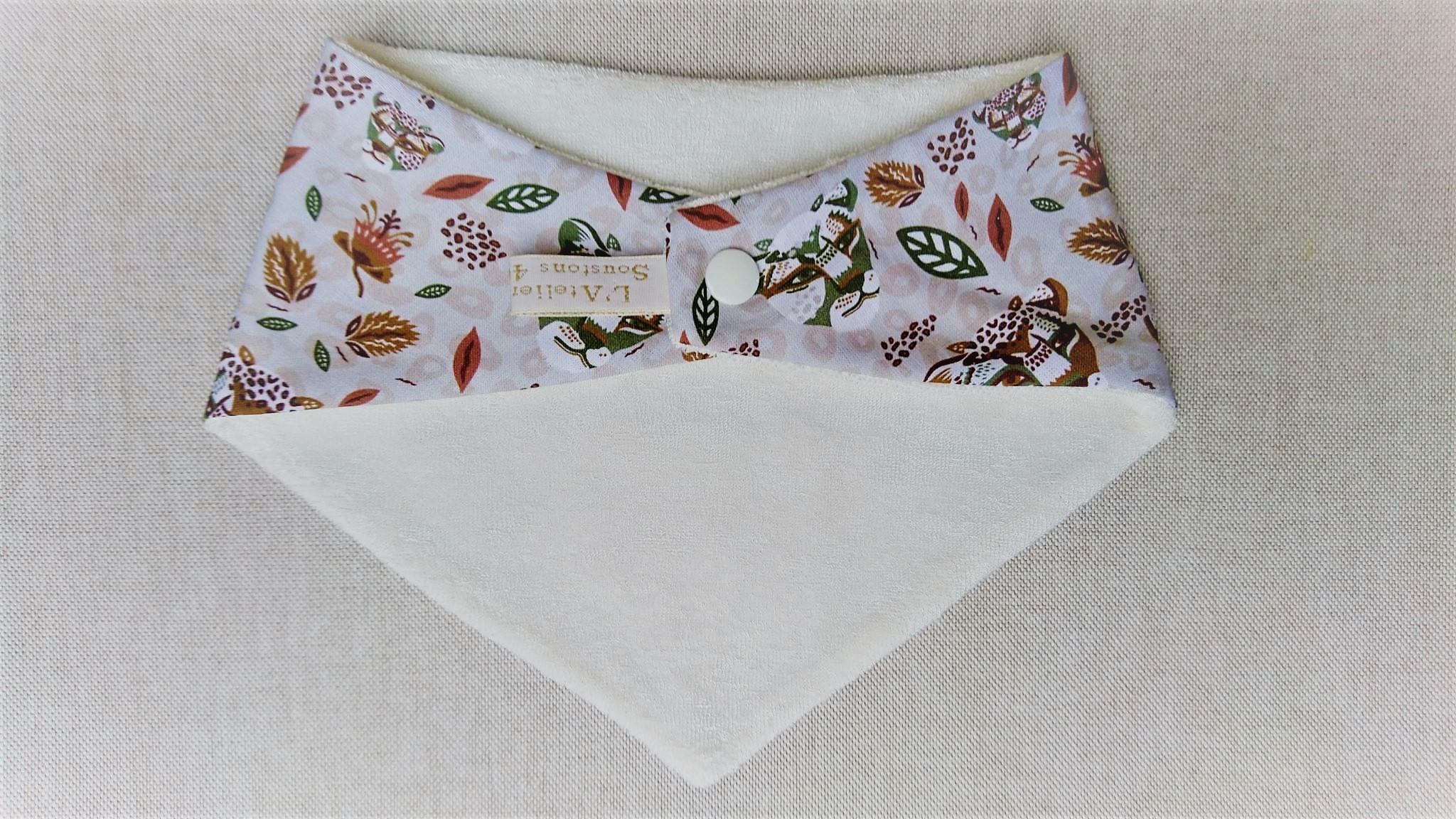 Bavoir bandana en coton et micro-éponge bambou certifiés oeko-tex, léopard