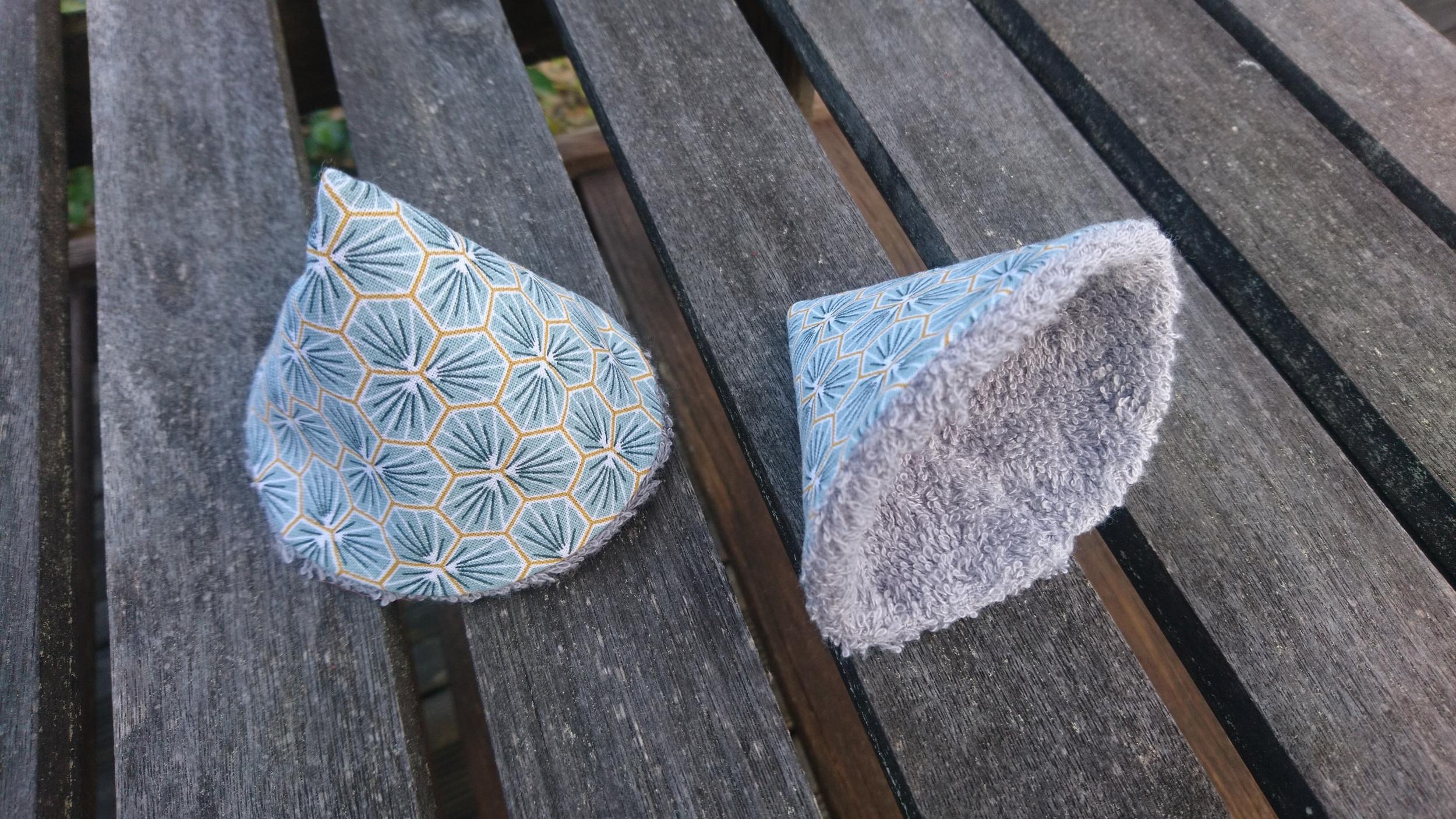 Lot de 2 cônes pare-pipi - tons bleu/vert