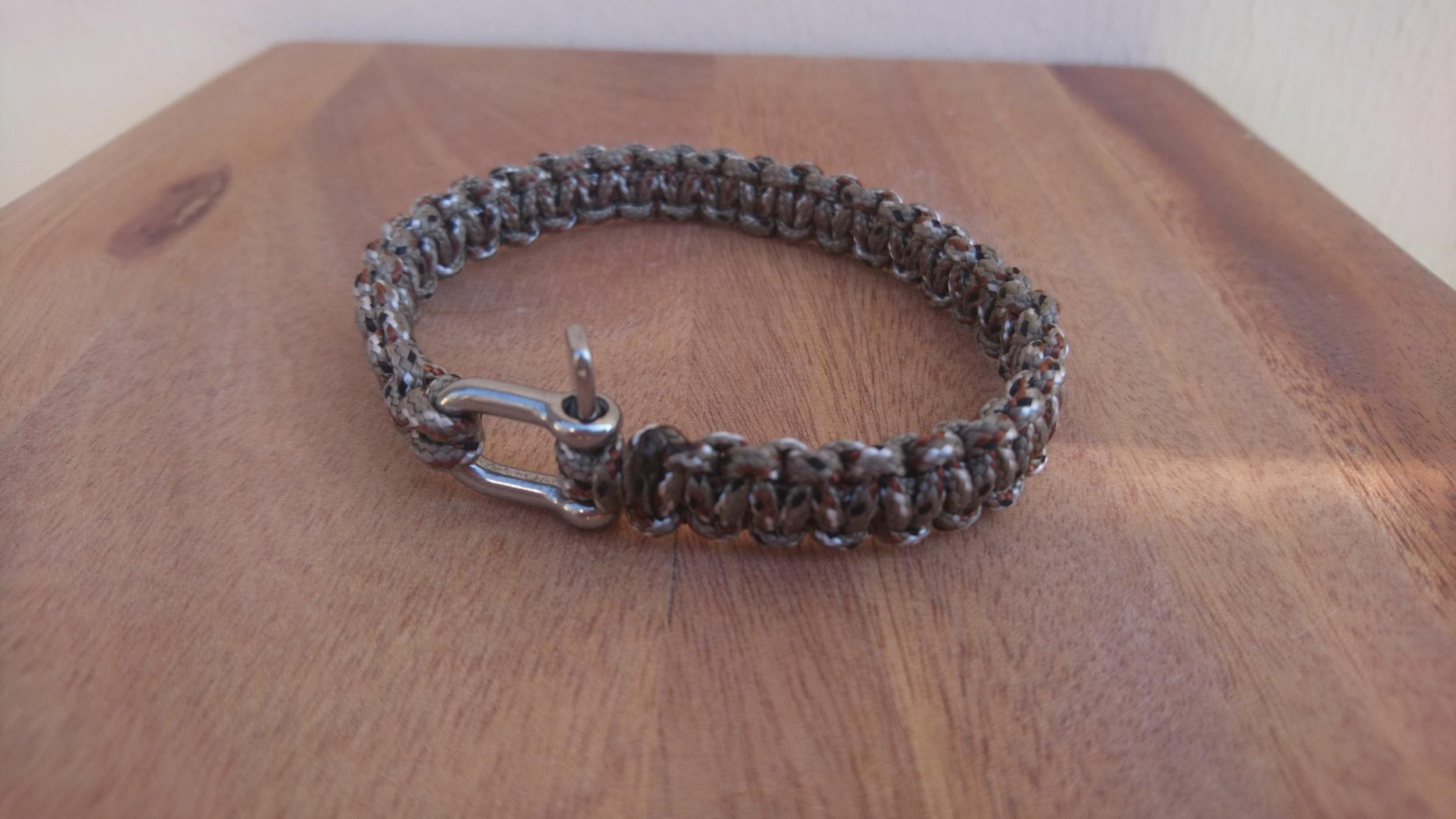 Bracelet de survie MINI pour homme en paracorde et manille en acier inoxydable - taupe