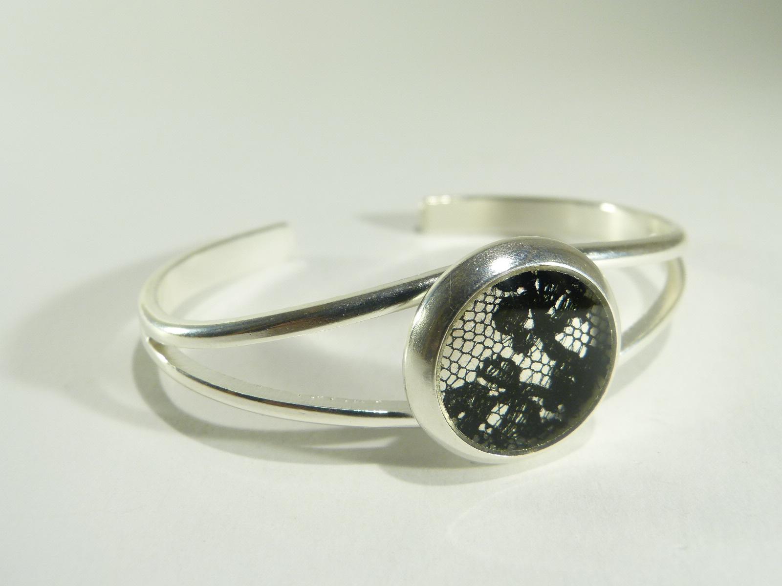Amédé, bracelet jonc dentelle, belladone bijoux