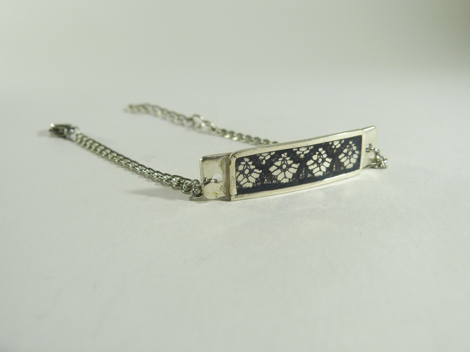 bracelet rectangle dentelle, belladone bijoux