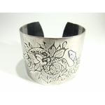 snake-bracelet manchette gravée façon tatouage