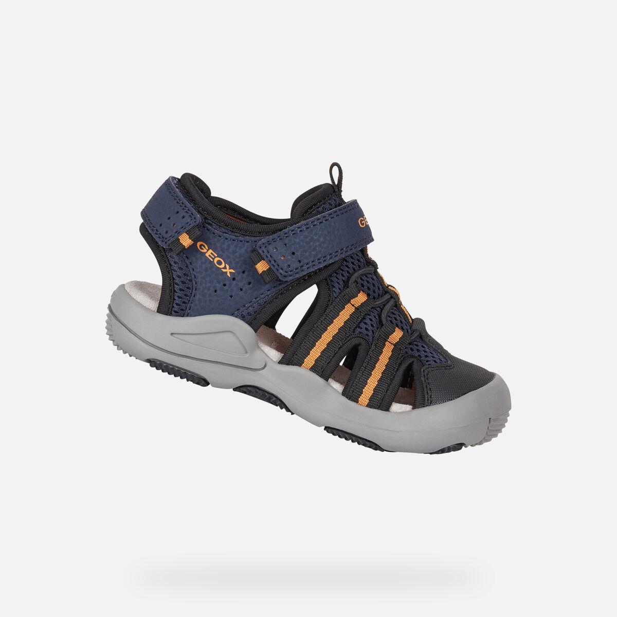 sandale-geox-pour-garçon-bleu-marine-orange-bout-fermé-J15E1A-c0820_A