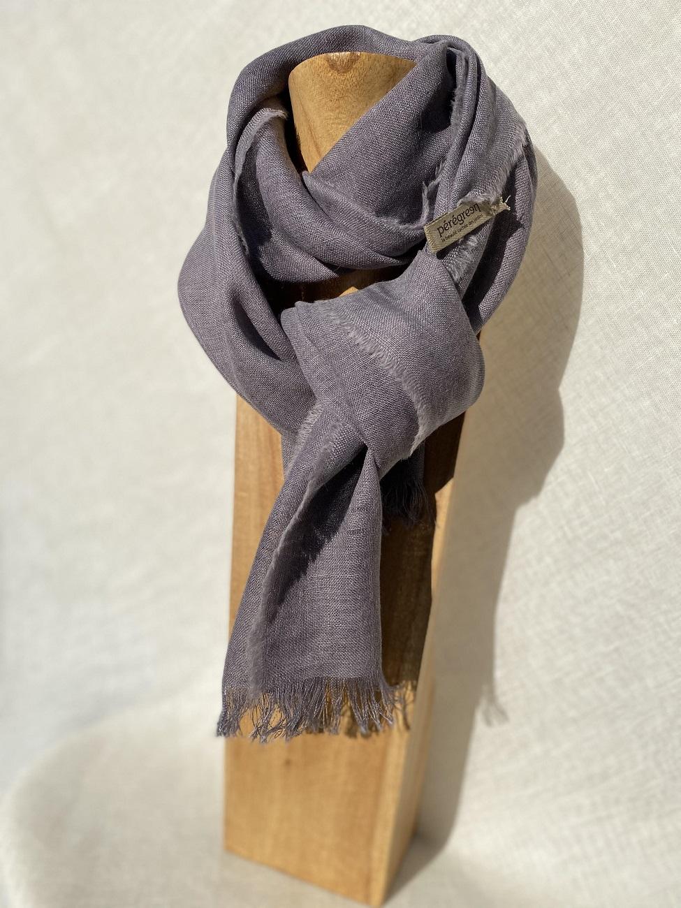 Petit foulard bleu lin alpaga - couleur et teinture naturelle