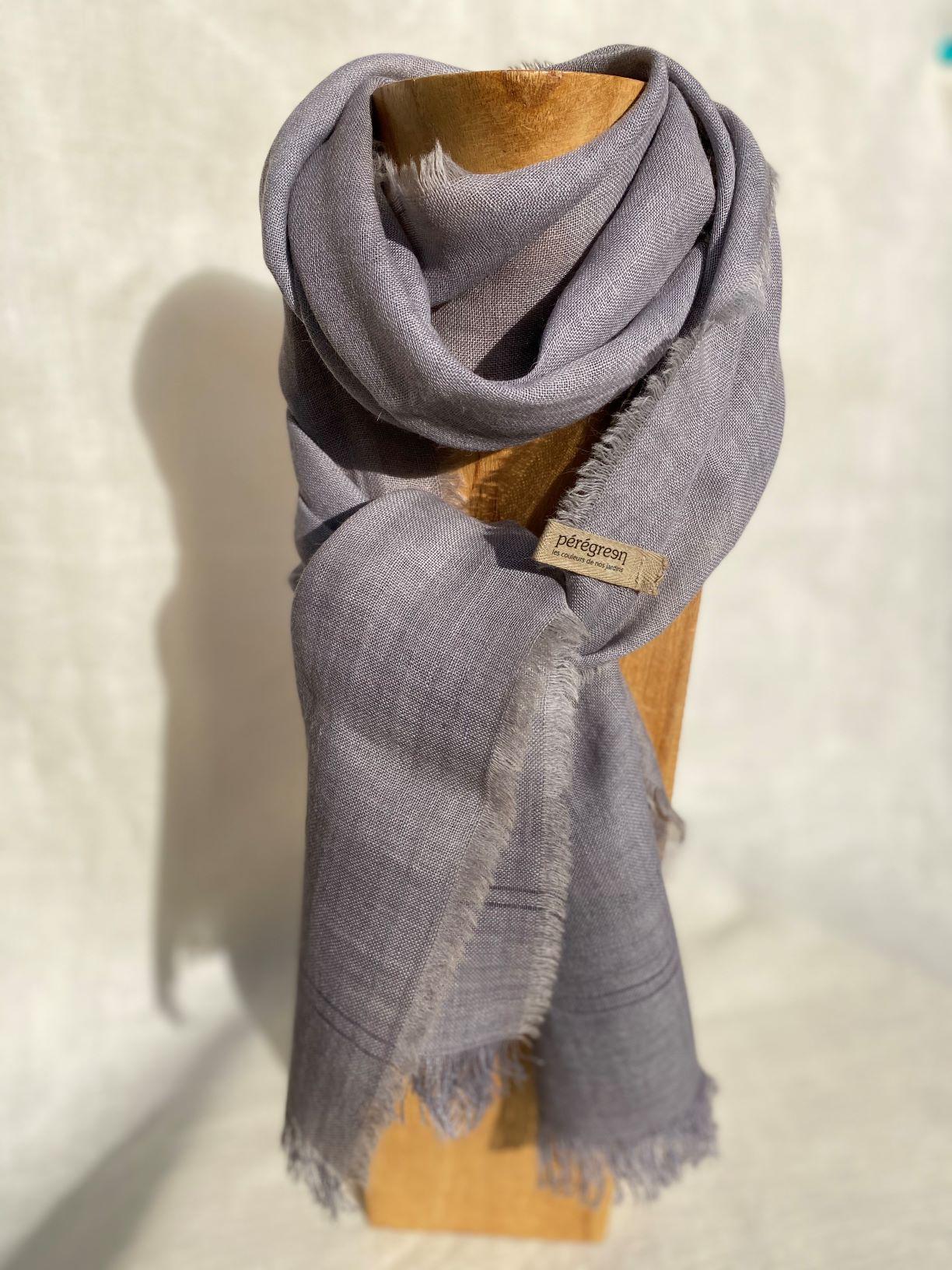 Petit foulard bleu clair lin alpaga - couleur et teinture naturelle