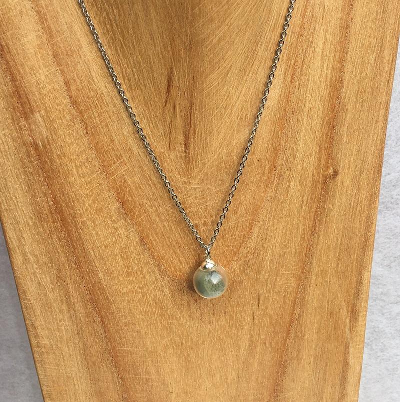 Collier chaine 1 bulle vert