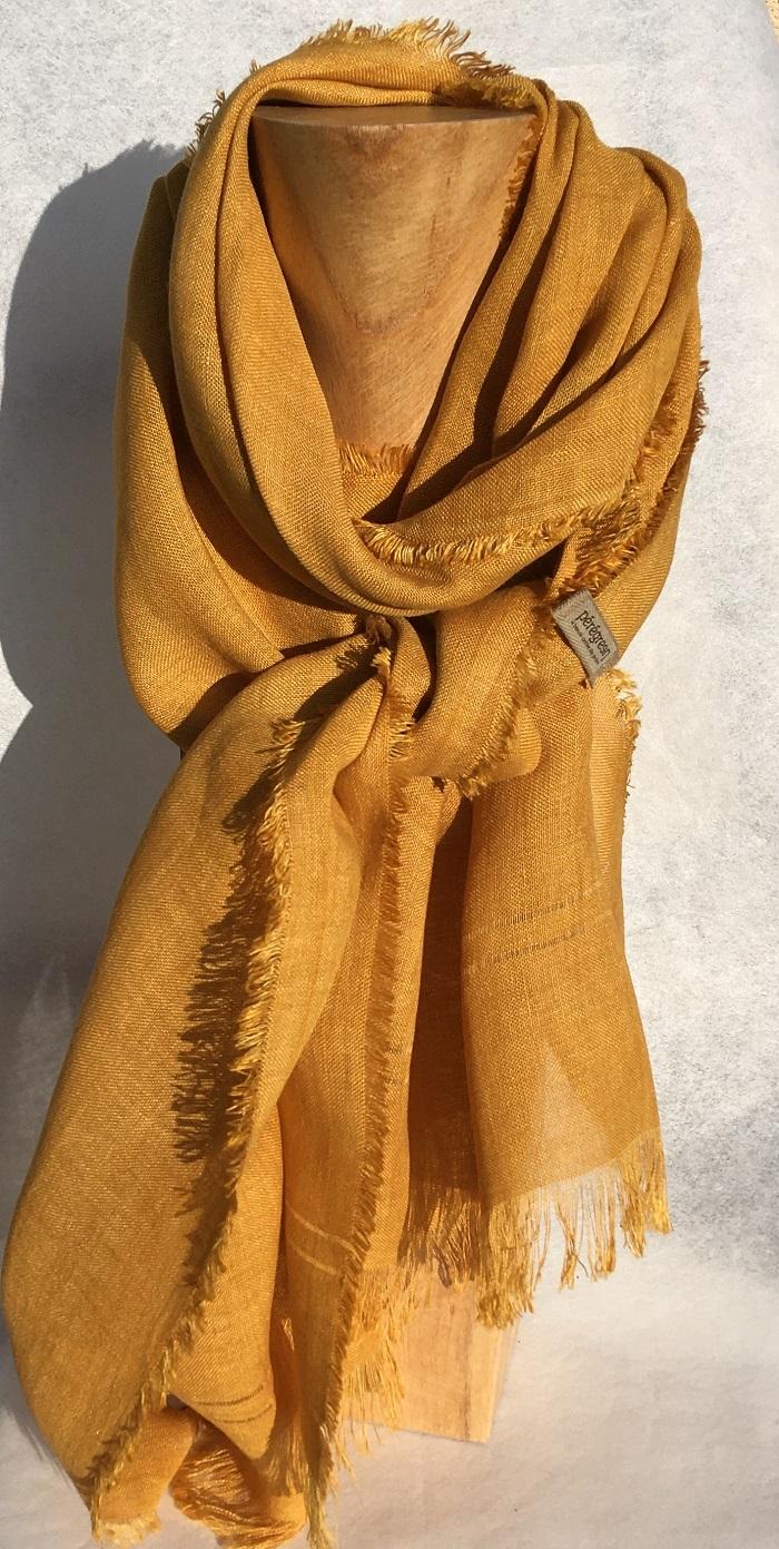 Foulard pur lin - orange - couleur et teinture naturelle