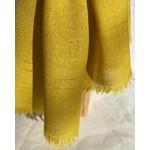 detail foulard laine jaune peregreen