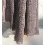 detail foulard laine gris noix de galle chene peregreen