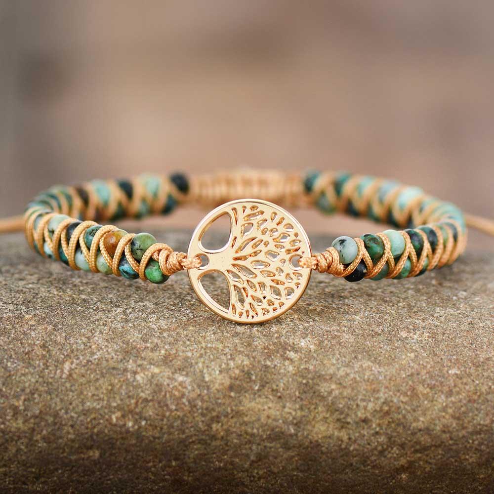 Bracelet africain, fin, tressé.