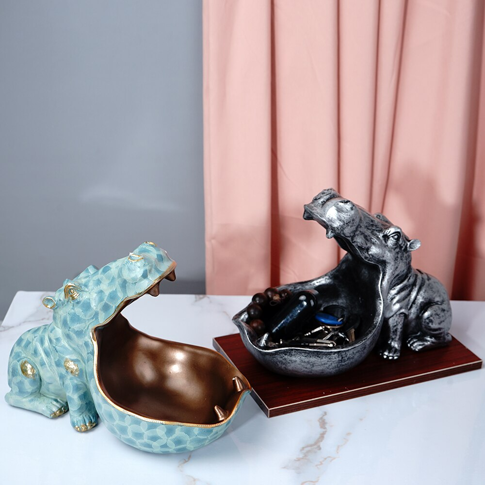 Hippopotame en résine, vide poches.