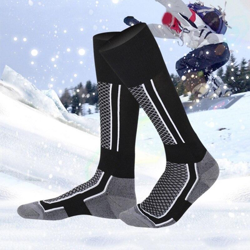 Chaussettes de Sports thermiques longues pour hommes et femmes.