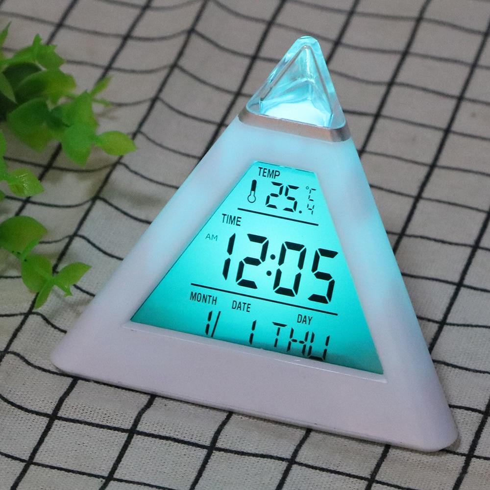 Réveil numérique, thermomètre avec rétroéclairage, cône coloré.