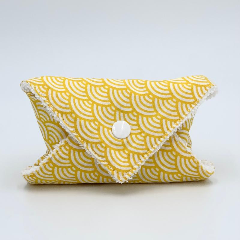 Pochette à savon ou à shampoing solide de voyage - Coton Oeko-tex - Motif japonais vague jaune