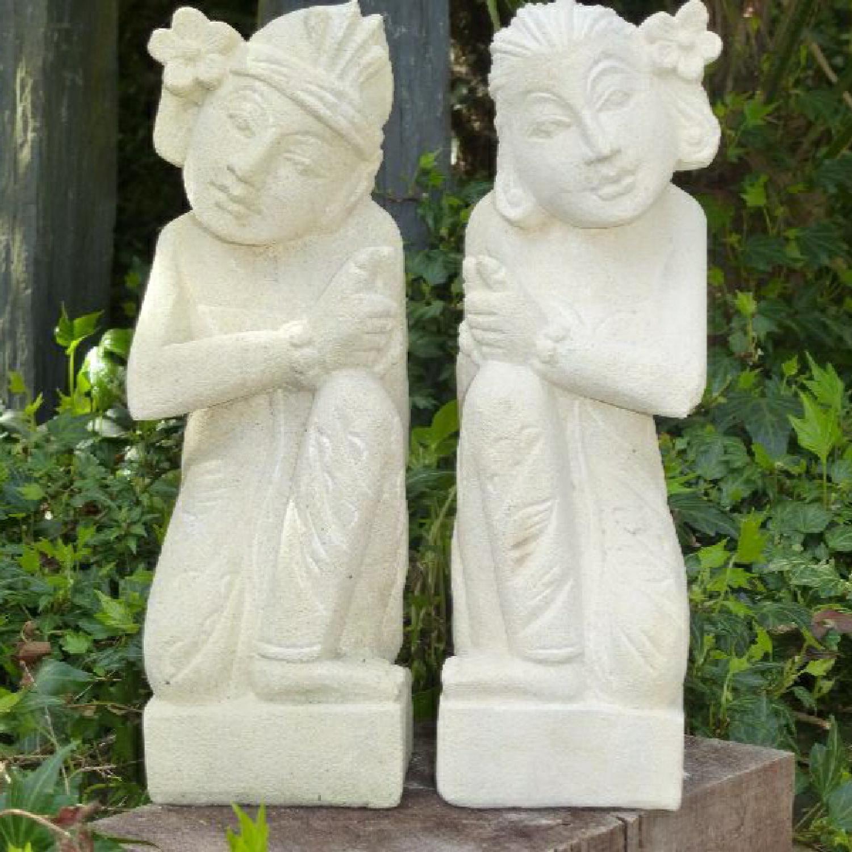 Couple Balinais en Pierre