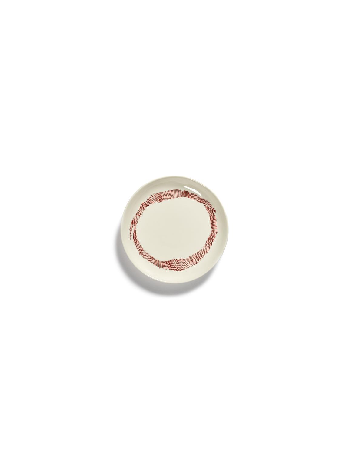 assiette feast xs blanc et rouge 16x16x2 B8921003Cs1