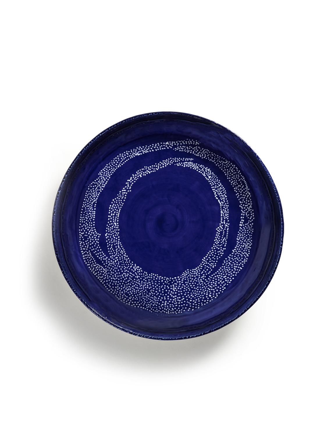 Plat de service FEAST M 36x36x6 lapis lazuli swirl pois blancs B8921014F (2)