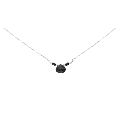COLLIER GOUTTE SPINELLE CHAINE FINE