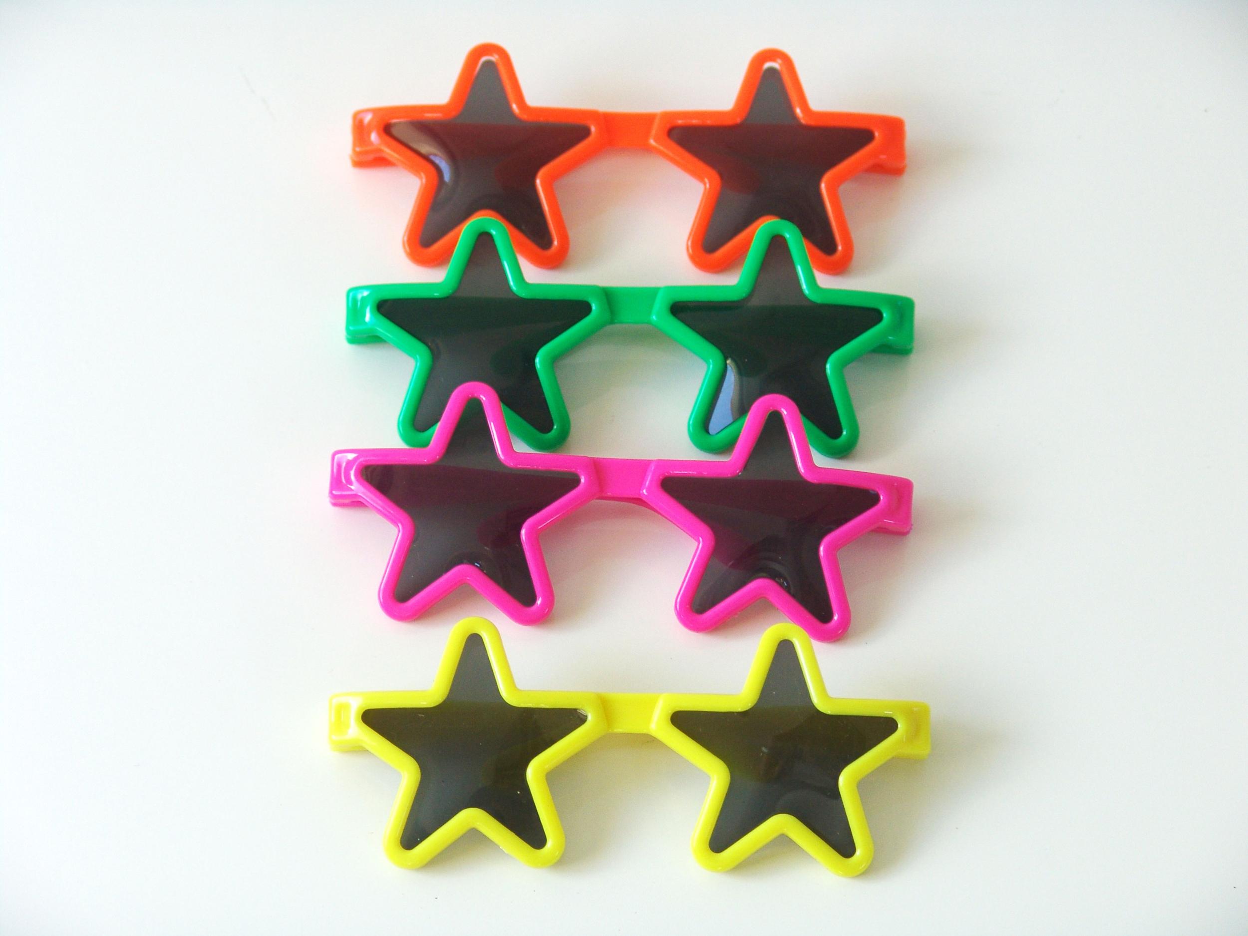 12 lunettes plastique en forme d\'étoile