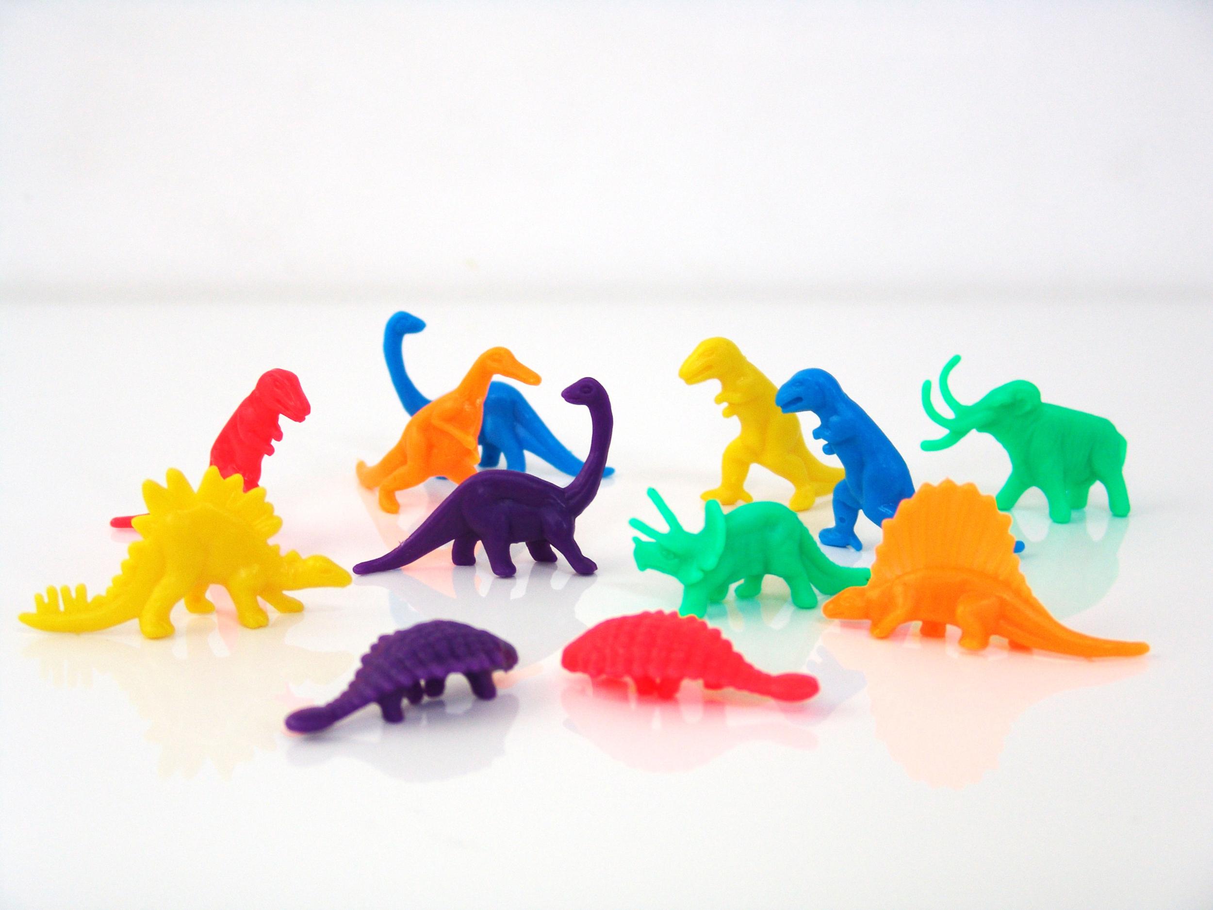 dinosaure-plastique