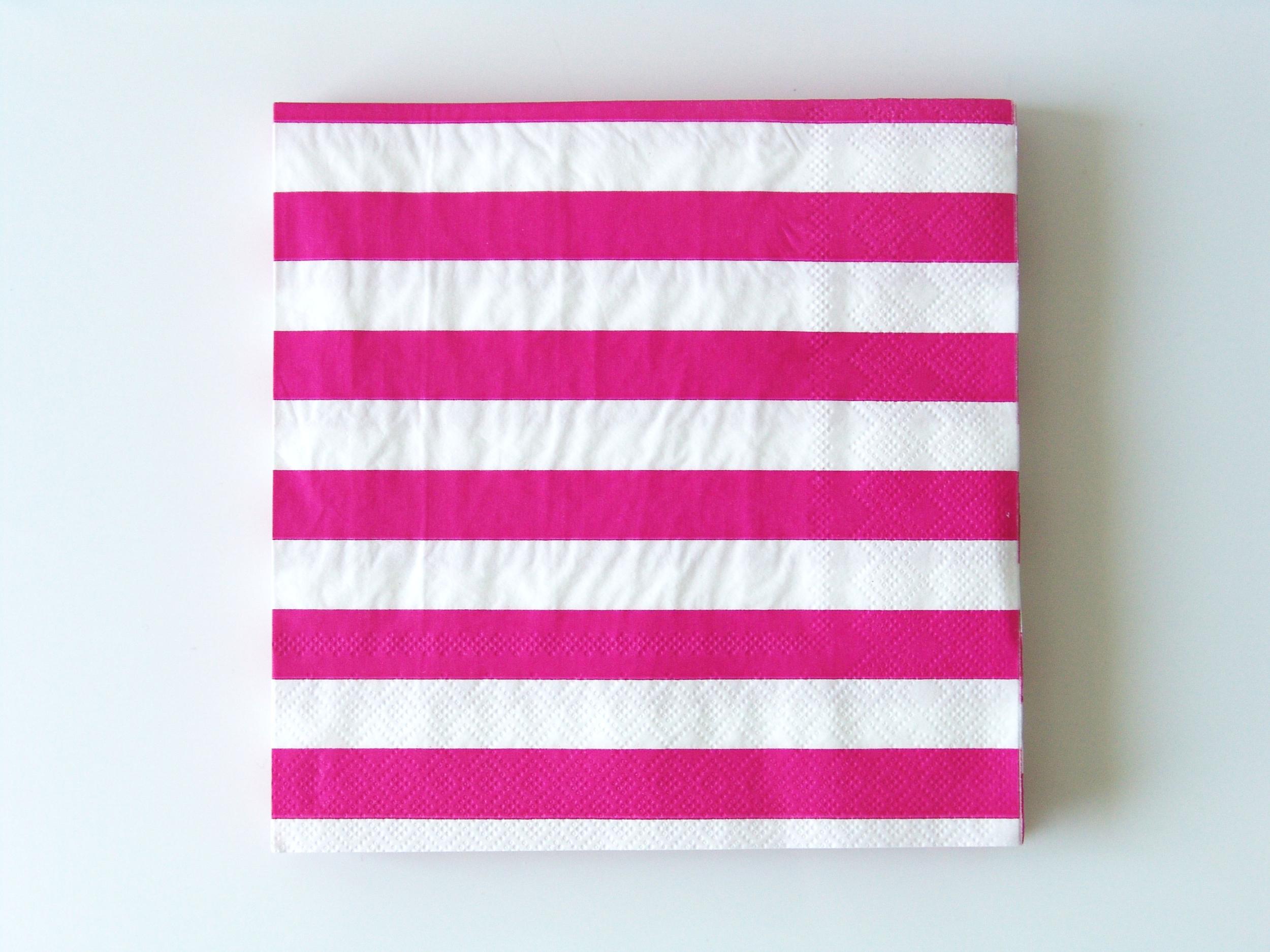 20 serviettes jetables rayures fuchsia