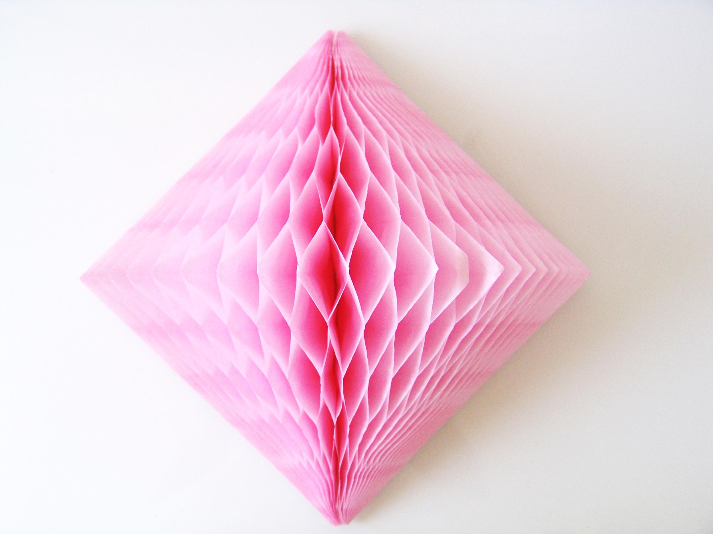 Décoration papier losange alvéolé