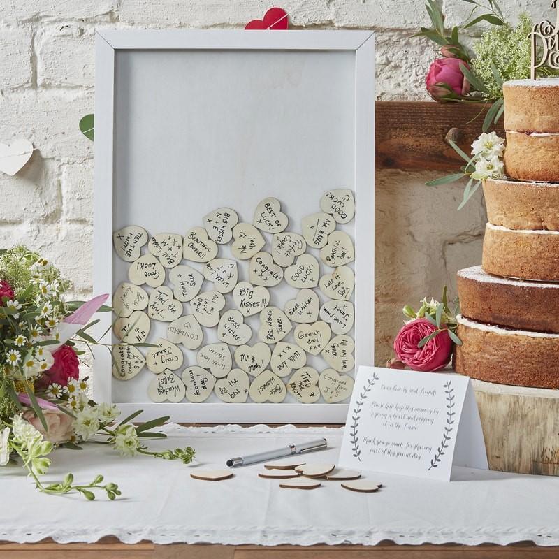 livre-d-or-original-mariage-cadre-en-bois-ginger-ray
