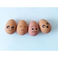 1  balle rebondissant œoeuf rigolo