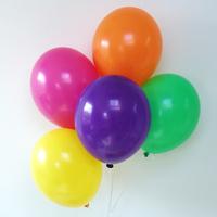 12 ballons de baudruche assortiment multicolore