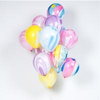 8 ballons marbrés arc-en-ciel