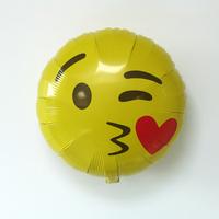 Ballon emoji bisou coeur