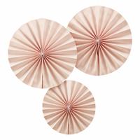 3 rosaces en papier rose pastel