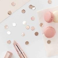 Confettis en papier métallisé rose gold