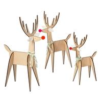 3 décorations en bois renne