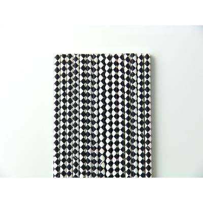 paille-papier-losanges-noir