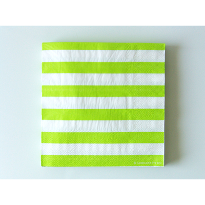 serviette-papier-anniversaire-raye-vert