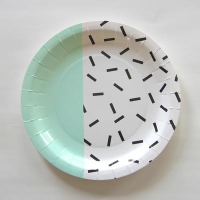 assiette-jetable-design-memphis-mint