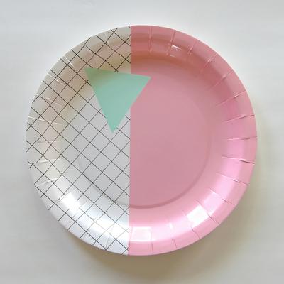assiette-jetable-design-graphique