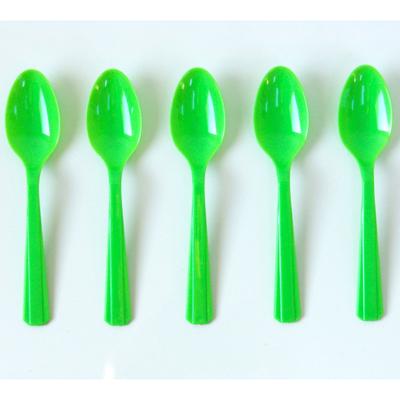 cuillere-jetable-plastique-vert