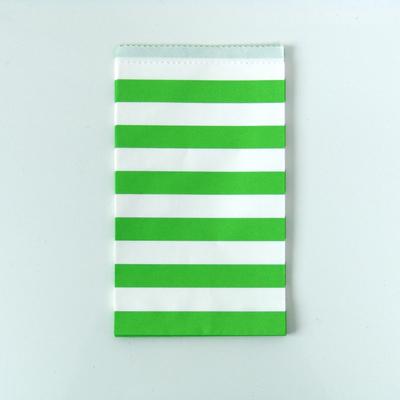 sachet-cadeau-papier-anniversaire-rayures-vert