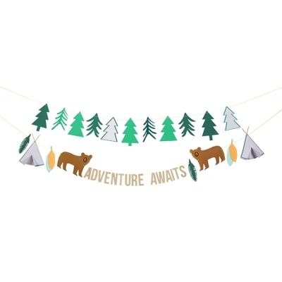 guirlande-fete-papier-et-bois-anniversaire-aventurier-explorons-meri-meri