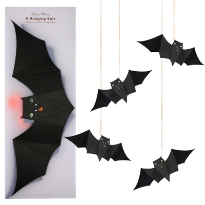 suspension-chauve-souris-en-papier-fete-halloween-meri-meri