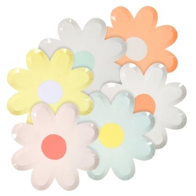 assiette-jetable-decoupee-en-forme-de fleur-marguerite-meri-meri