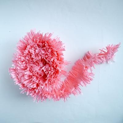 guirlande-en-papier-frange-rose